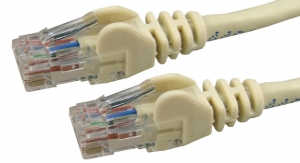 Dynamix 40M Cat6 Ivory UTP Patch Lead (T568A Specification) 550MHz Slimline Snagless Molding Cable